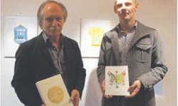 Benno Paglia (links) und Roman Hofer präsentierten im Haus Breitenhof einem grossen Publikum ihr Werk «Storytelling». Bild Simon Mächler