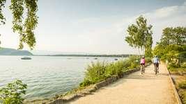 Biking Lake (©Pascal Gertschen)