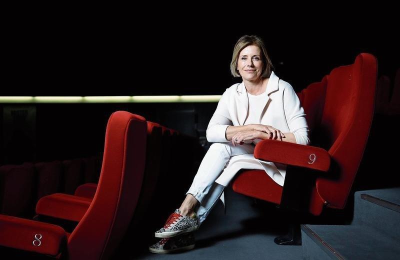 Die Preisträgerin Sabina Schneebeli im Kino Seehof in Zug. Bild (Stefan Kaiser)