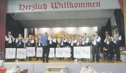 Einmal mehr begeisterte die Blaskapelle Etzel-Kristall zum Abschluss der Veranstaltung rund 250 Blasmusikliebhaber. Foto: Konrad Schuler