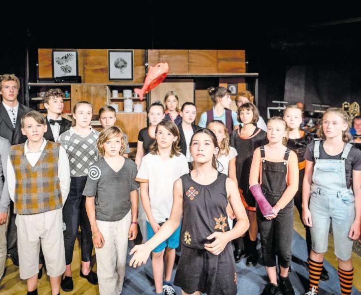Die 21 Artisten im Alter von 11 bis 17 Jahren boten in Zug eine unterhaltsame Vorstellung. (Bild Christian Jaeggi/PD)