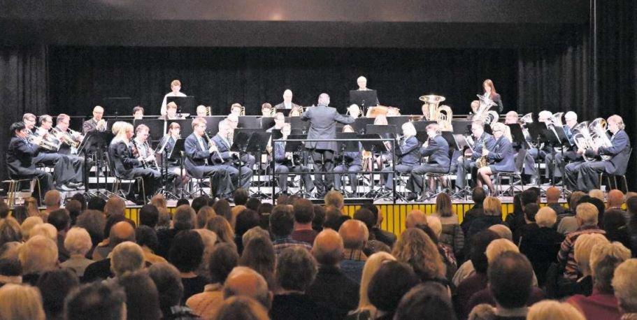 Verschiedene Länder und Epochen wurden am Konzert der Musikgesellschaft Steinhausen präsentiert. (Bild PD)