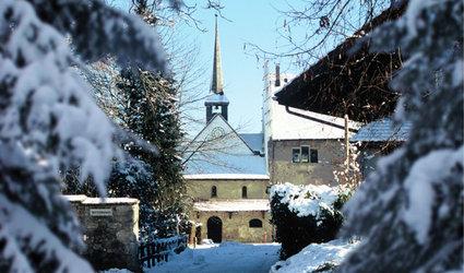 Wiehnachtsmärt im Hof des Ritterhauses