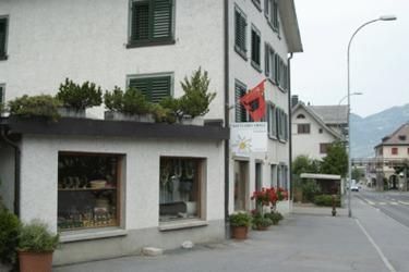 Ernst Fausch Sattlerei & Glockenhandel: Aussenansicht