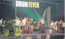«Drum Fever» war ein grosses Spektakel für Aug und Ohr. Bild Louis Hensler