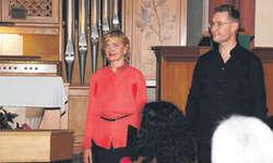 Voellmy (Sopran) und Alexander Seidel (Countertenor) verliehen dem Konzert mit ihren Stimmen einen besonderen Glanz. Bild bsa