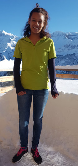 Luisa Bernhard, Service-Angestellte