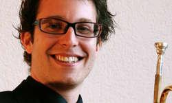 Der Wangner Trompeter Marc Jaussi tritt am Konzert des SKJBO als Solist auf.  Bild www.piubrasso.ch