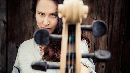 Fatima Dunn One Woman Orchestra im BSINTI