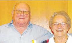 Sepp Späni wurde für 50 Jahre und Klara Reichmuth für 30 Jahre im Kirchenchor geehrt.