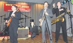 Die Musiker, wie hier beim Auftritt von Nico Duportal and his Rhythm Dudes aus Frankreich, gaben alles und begeisterten das Publikum. Bilder Konrad Schuler