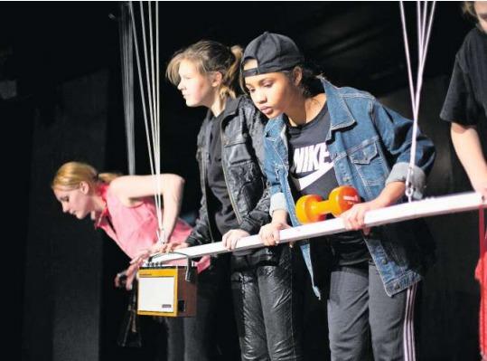 Die jungen Darsteller sind fasziniert vom Schauspielern. (Bild Stefan Kaiser)