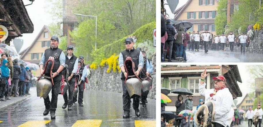 Trotz Regenschauer begeisterten die Trychler die Zuschauer am Strassenrand. (Bilder Maria Schmid)