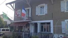 Ferme La Lizerne / Gîte Devenoge: Guestroom