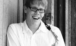 Saxofonist Dominik Hüppin will Jugendliche für die Musik begeistern. Bild zvg