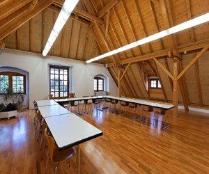 Bibliothek Zug: Dachraum - 1