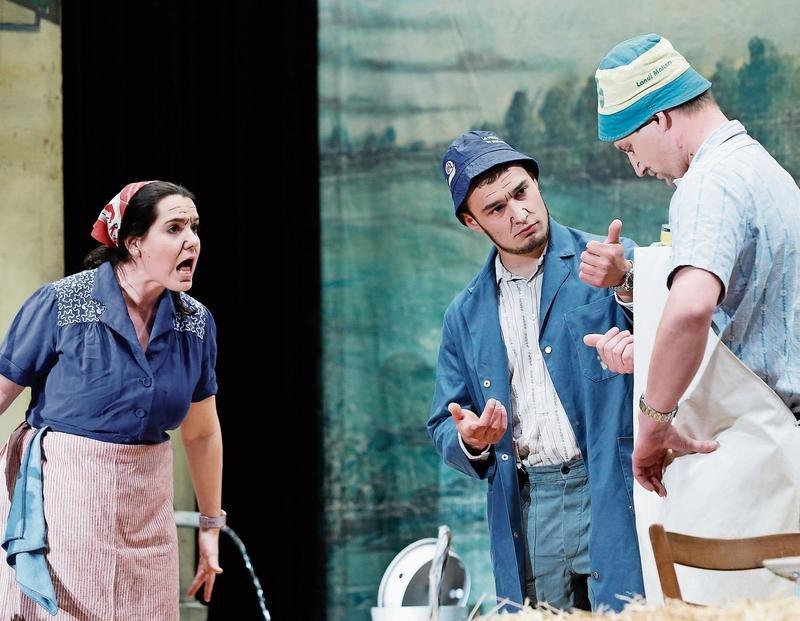 «D'Jugendsünd» (im Bild von links): Anita Speck, Max Baumann und Beni Schillig. (Bild: Stefan Kaiser)