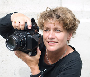 Die Fotografin Bettina Flitner