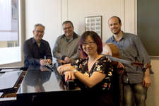 Weihnachtskonzert Accento musicale im FRAM: Bärmann & Mozart