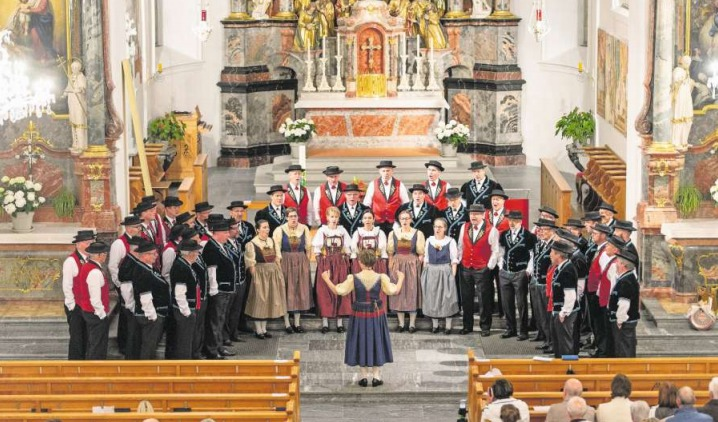 Der Jodlerklub Heimelig Baar in der Kirche St.Martin. (Bild PD)