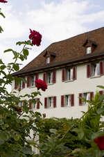 Kloster mit Garten