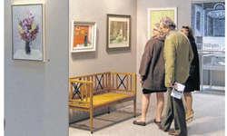 Die vielfältigen Bilder des Malers Fritz Butz (1909–1989) stiessen auf grosses Interesse. Bild Jasmine Helbling