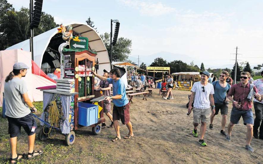 Eine Impression vom letztjährigen Waldstock-Festival. Es herrschte guter Betrieb. (Bild Stefan Kaiser)