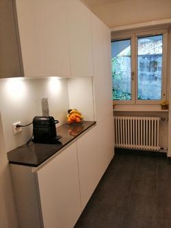 Küche mit Nespressomaschine