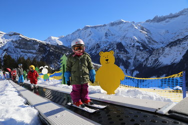 50-Jahr-Jubiläum der Schweizer Ski- und Snowboardschule Elm - 1