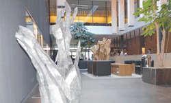 Skulptur «From Brain to Heart» von Thomas Hausenbaur. BIld Tatjana Kistler
