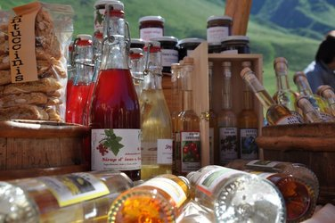 Glarner Produkte auf Passmärkten von alpinavera - 1