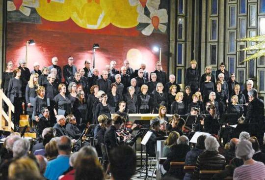 Der Kirchenchor Bruder Klaus lud zum Kirchenkonzert. (Bild Maria Schmid)