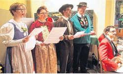 Das Jodelquartett «Bärgwind und Friends» trat gemeinsam mit der Musikgesellschaft Reichenburg auf. Bild Werner Fischer