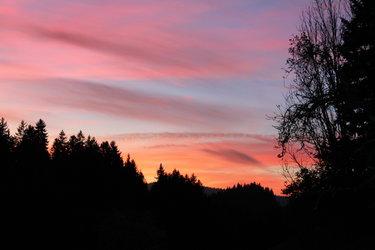 nicht irgendein Sonnenuntergang, nein, sondern für Sie hier im Chrattegrabe.
