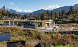 Die Mitglieder des Architektur Forums besuchten das Restaurant «Grüne Gans» im Tierpark Goldau. Bild Tierpark