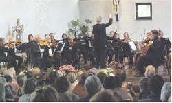 Der Orchesterverein Einsiedeln gab ein hervorragendes Konzert im Frauenkloster Au. Bild Franz Kälin