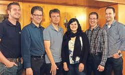 Neuer Vorstand: Von links Reto Birchler (Beisitzer), Urs Dietrich (Kassier), Marco Leumann (Aktuar), Jasmin Inderbitzin (Beisitzerin, neu), Felix Knüsel (Präsident), Patrick Iten (Beisitzer).