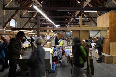 Kunstflohmarkt im Güterschuppen Glarus