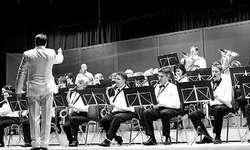 Die Bürgermusik Tuggen spielte am Samstag einen wahren, swingenden Musikgenuss. Bilder Tanja Holzer