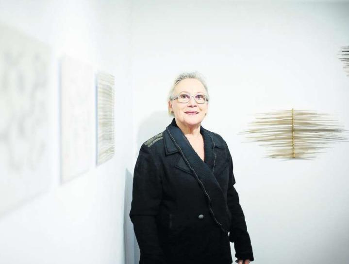 Die Werke von Johanna Näf leben vor allem durch ihre Leichtigkeit. (Bild Stefan Kaiser)