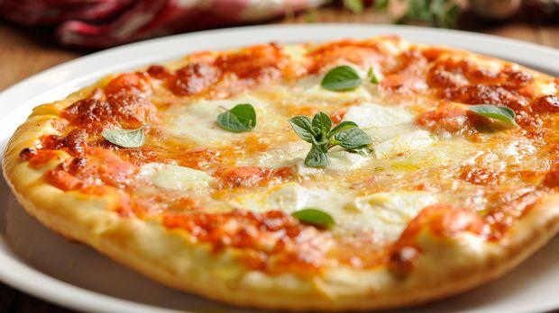 https://www.kabeleins.ch/tv/abenteuer-leben/essen-trinken/rezepte/koeniglich-pizza-margherita
