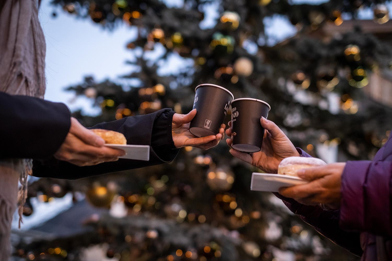 Weihnachtsbaum Einweihungsfest