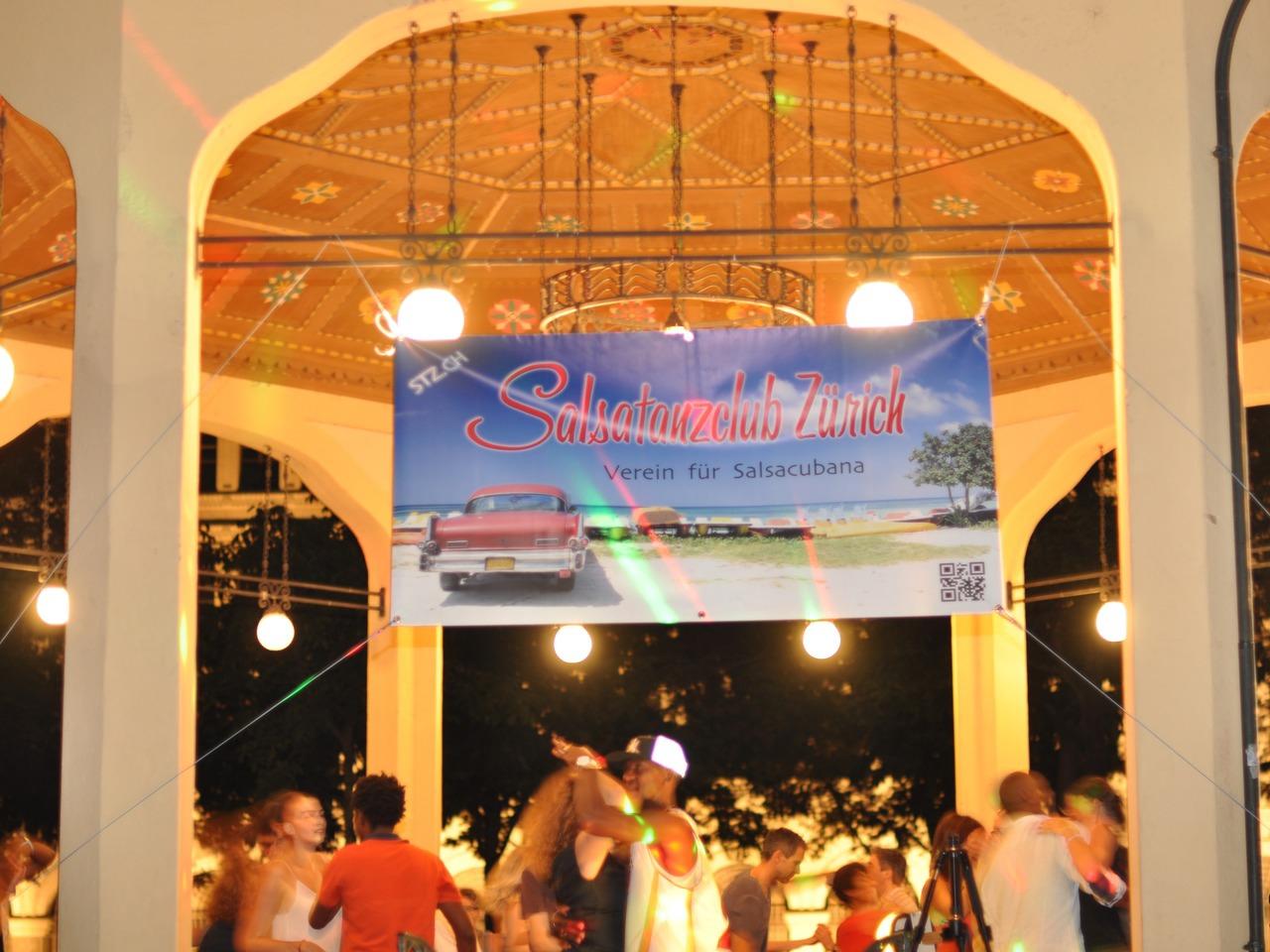 Salsa Openair am Bürkliplatz