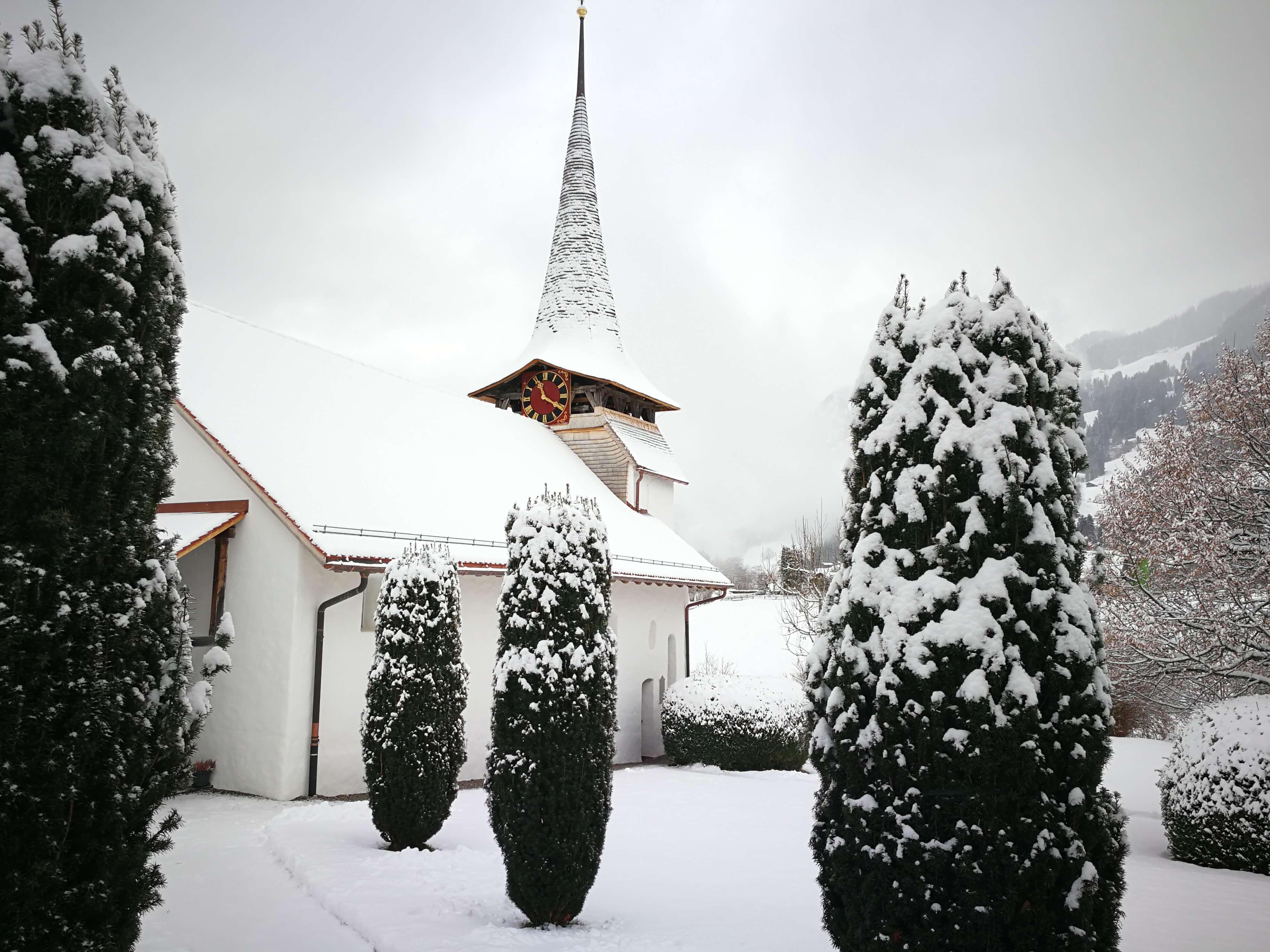 Kirche Diemtigen Winter