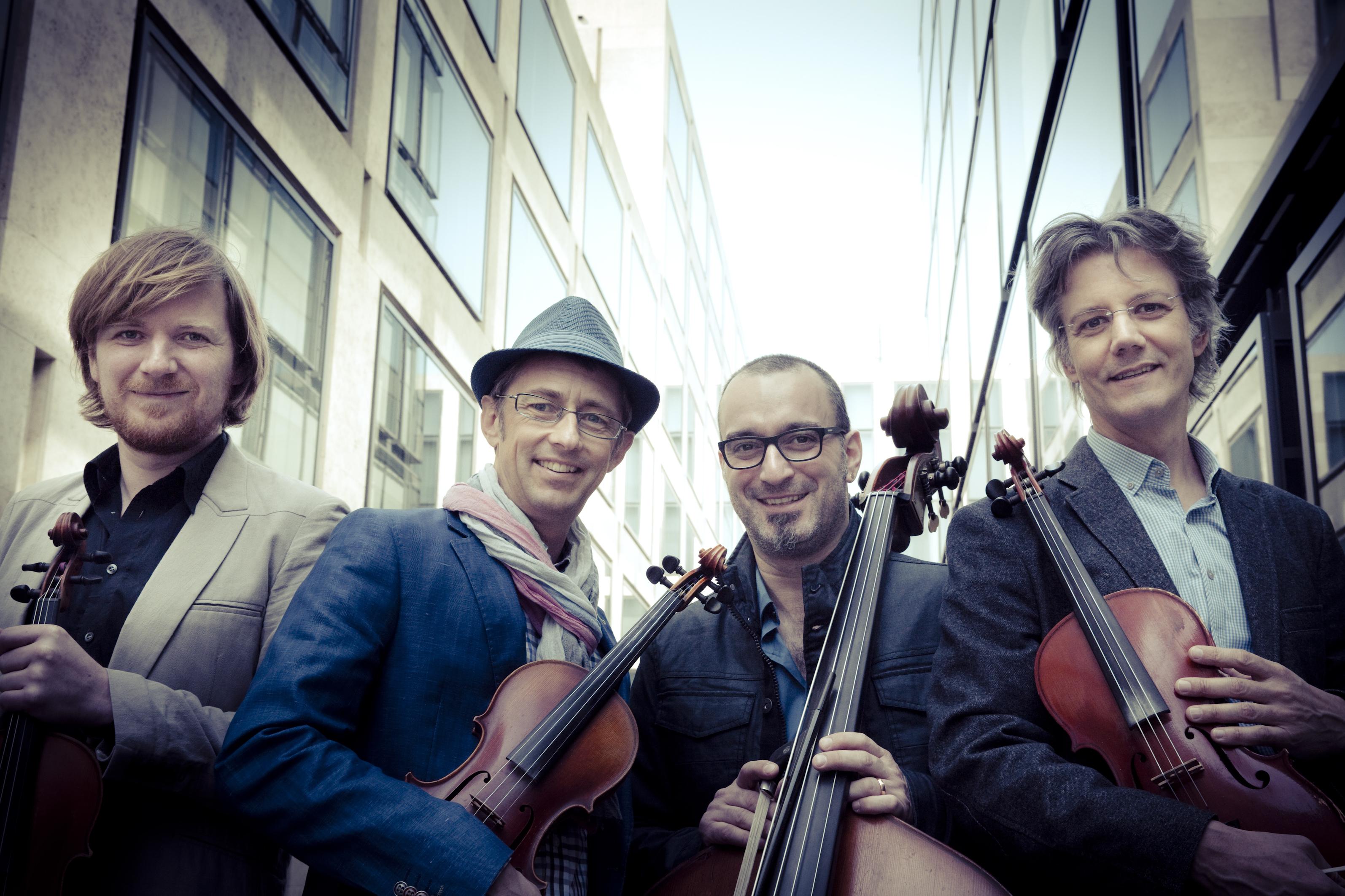 Neue Volksmusik: Helvetic Fiddlers und #fidel