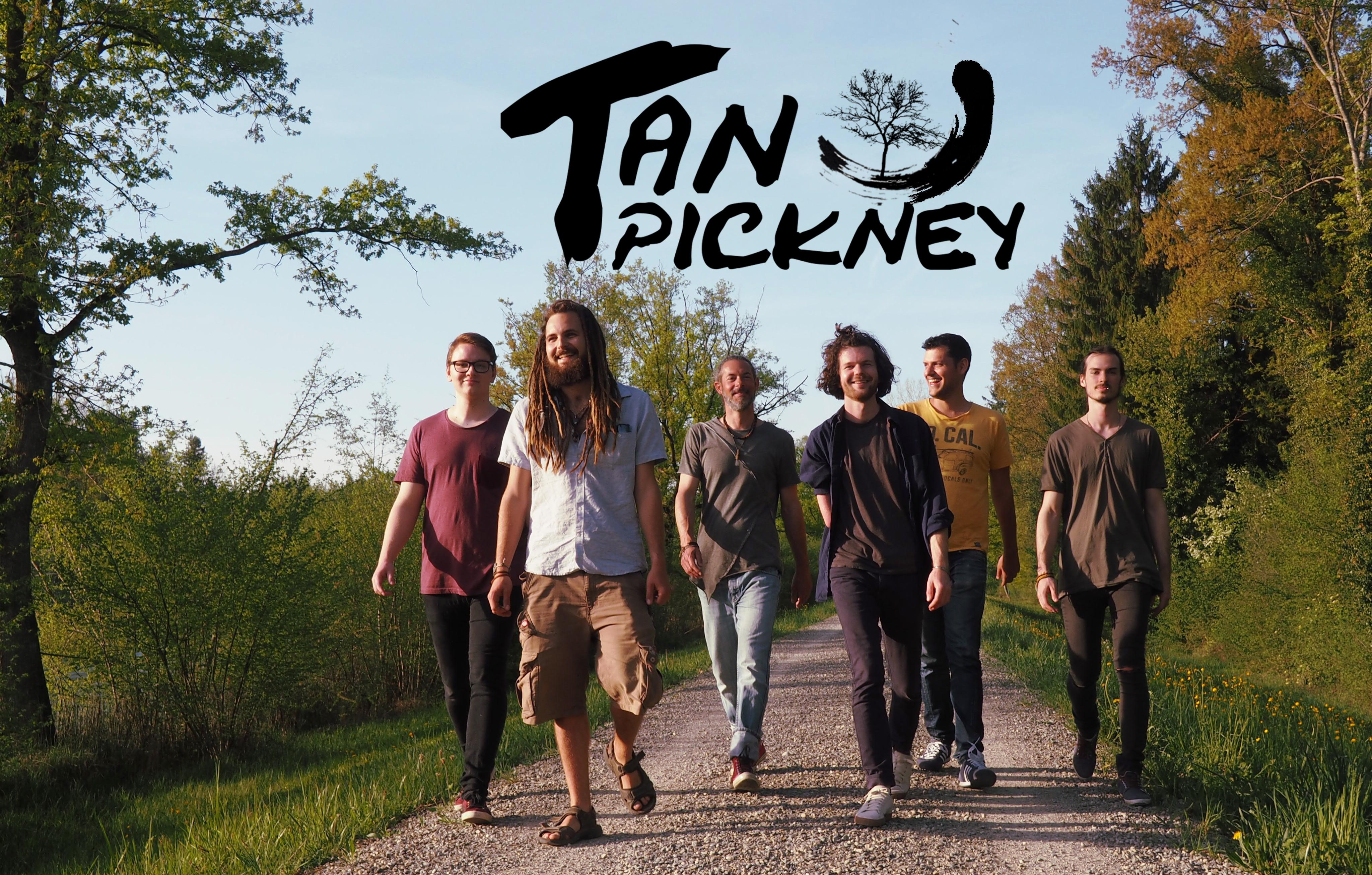 Tan Pickney Band