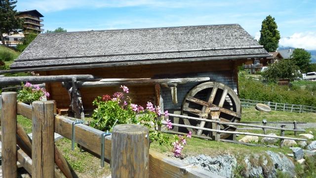Besichtigung des alten Dorfes