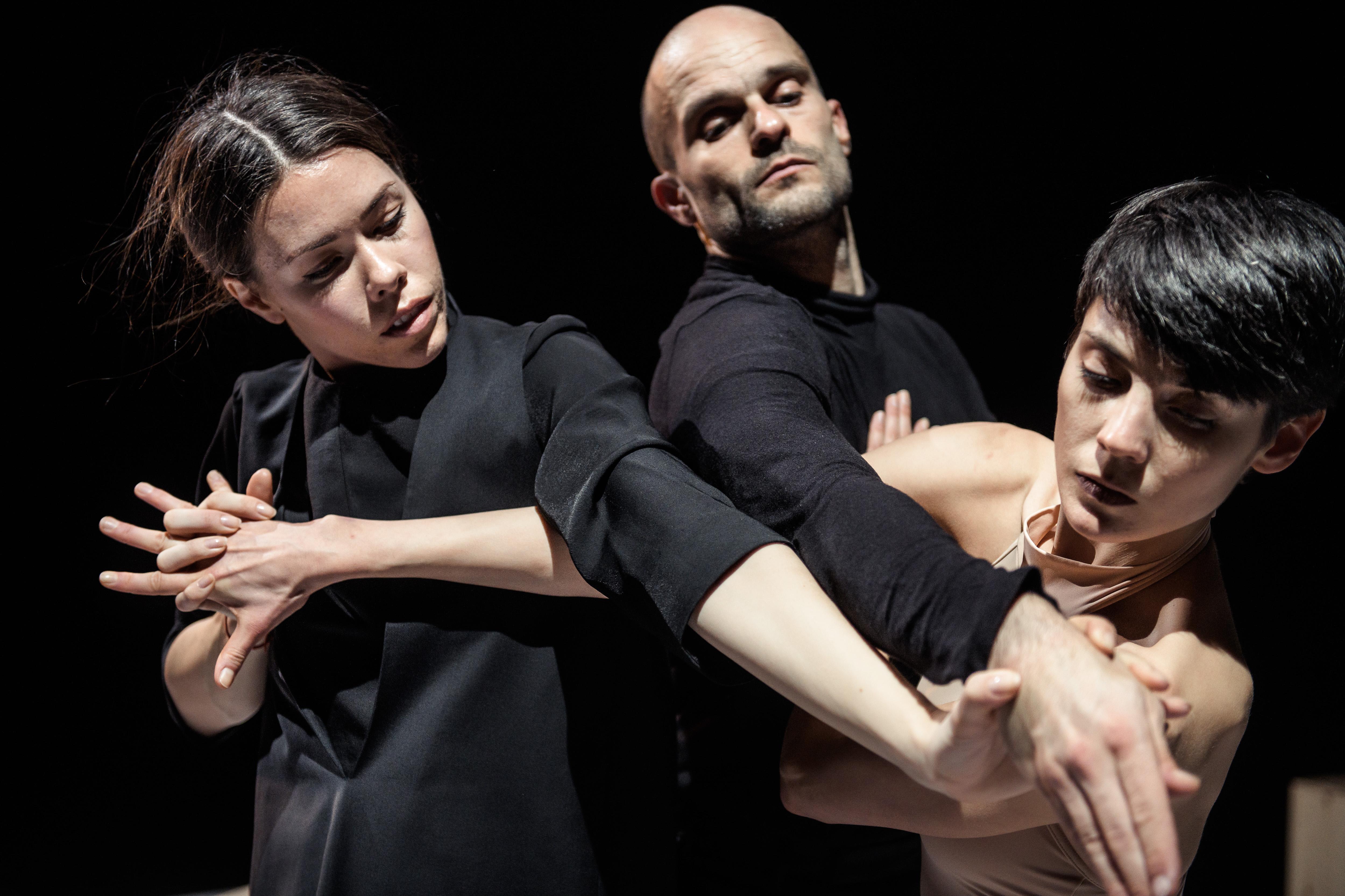 Danish Dance Theatre: About Miss Julie