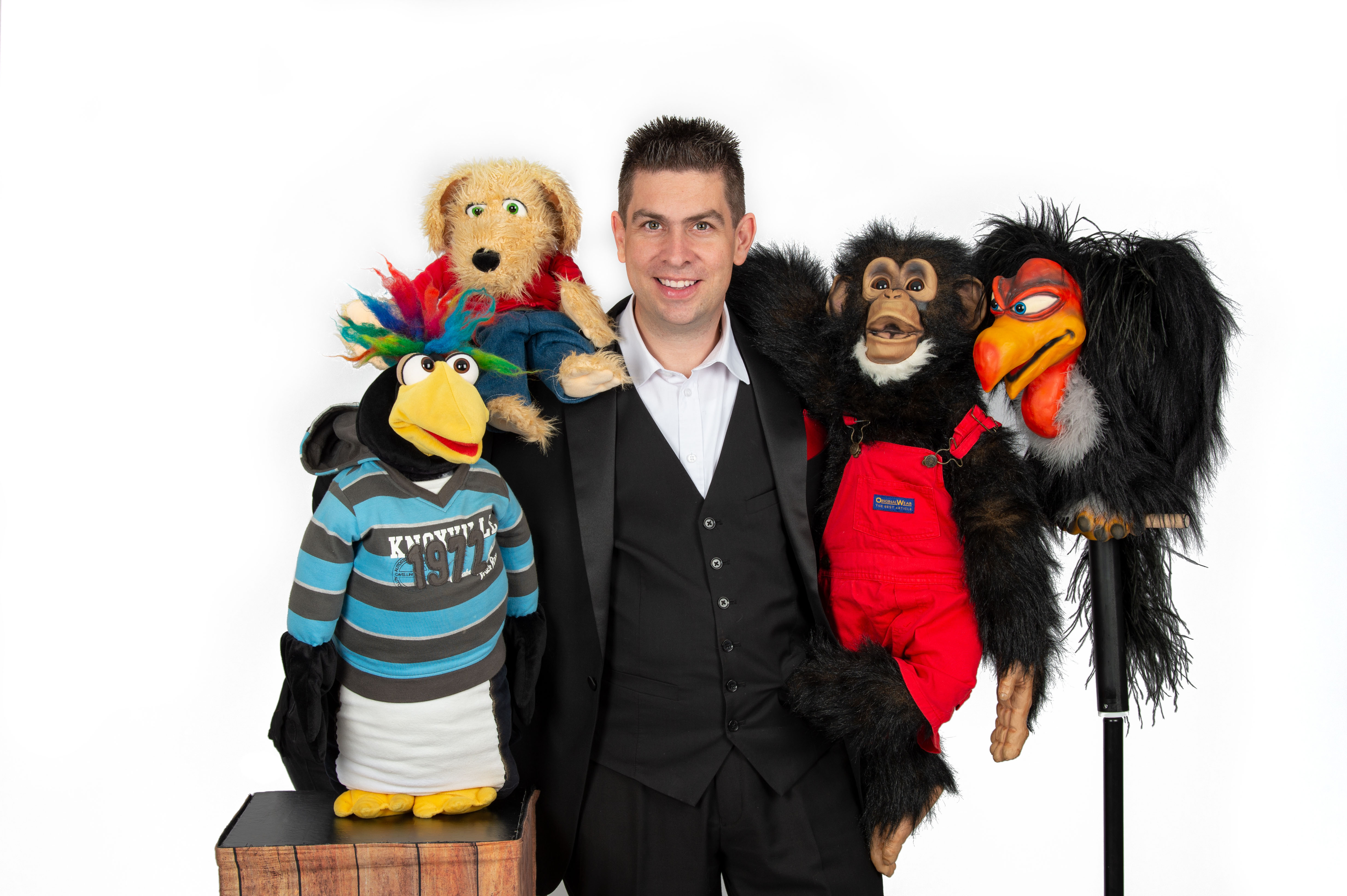 Marco Knittel - music puppet comedy