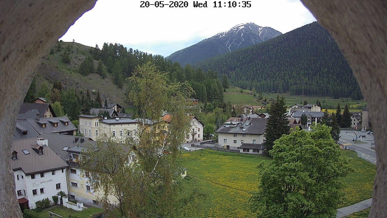Blick Richtung Runatsch und Ofenpass vom Schlossturm Zernez